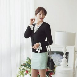 Corrugate Soft V-Neck Cardigan Korean fasion online shop malaysia singapore brunei indonesia (2)